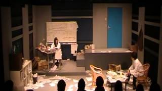 早稲田大学の演劇サークル「劇団てあとろ50'」2012年度11月企画公演です。