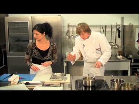 Приготовить горбушу в духовке в соусе
