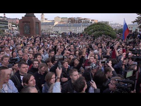 AFP: Moscou: manifestation de l'opposition pour enregistrer ses candidats | AFP