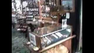 Hawaii  Accessories One Gift Shop In Waikiki