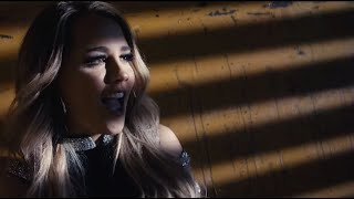Download Gabby Barrett - I Hope (Official Video) Mp3 and Videos