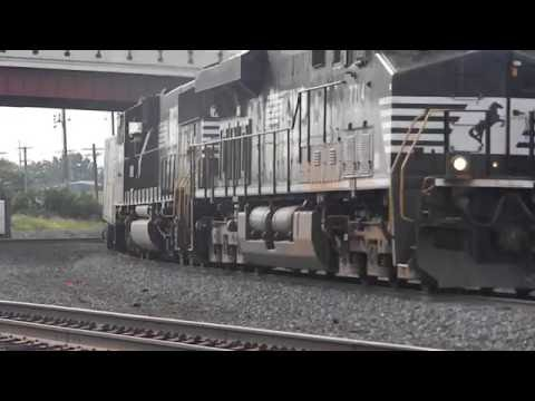 Norfolk Southern mixed freight at Alliance Ohio