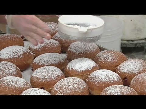 Mass Appeal Learn how Paczkis are made!