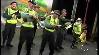 Chirigota - Los Aguafiestas \ Actuación Completa en la FINAL \ Carnaval 2006