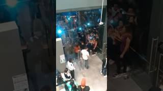 JUGADORES ATLAS Y CHIVAS TIENDA PUMA---GUADALALAJARA JALISCO --17 NOVIEMBRE 2016
