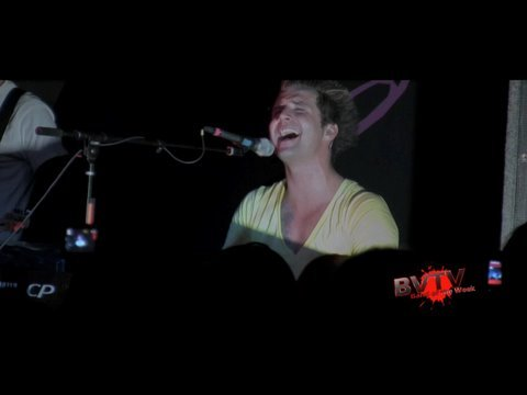 """Secondhand Serenade - """"Fall For You"""" Live! HD"""
