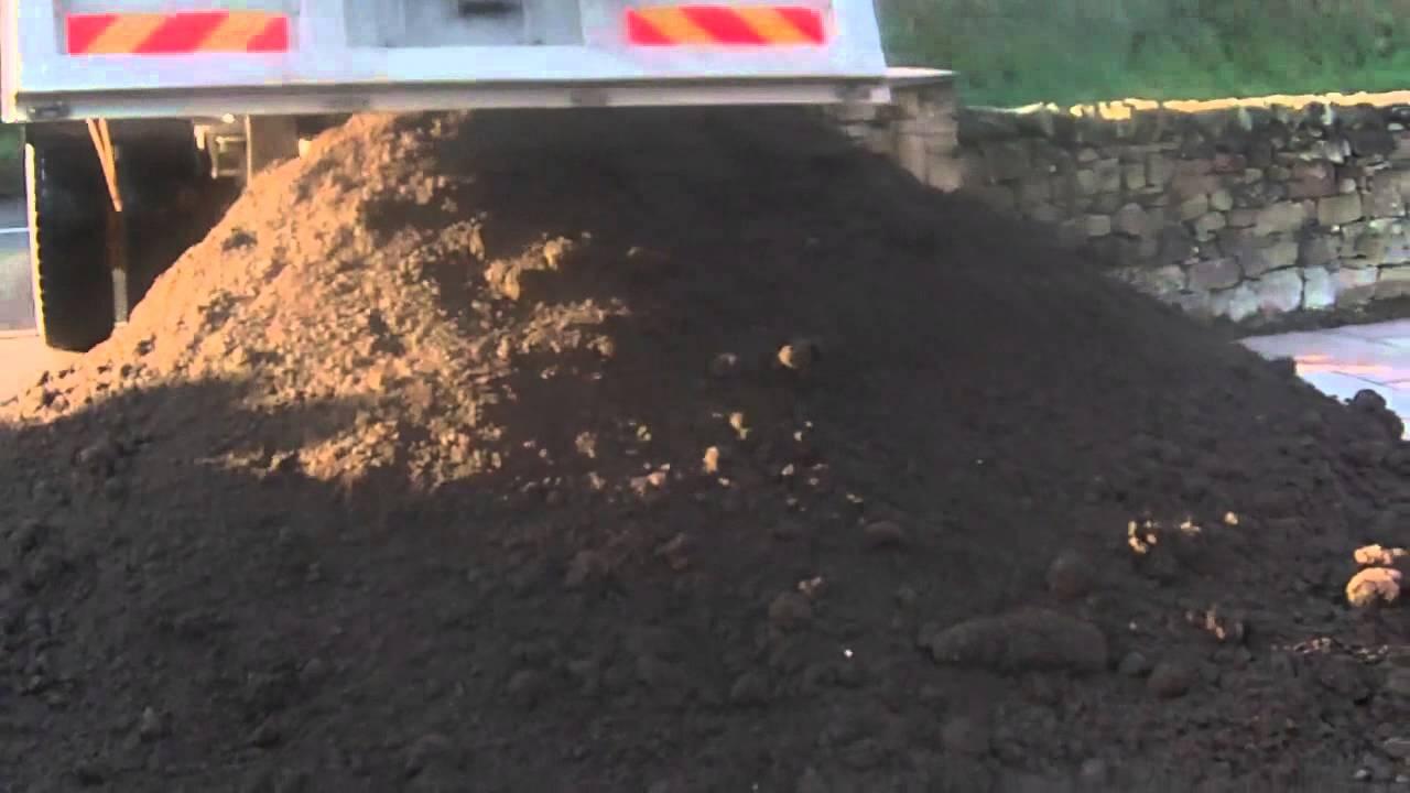 Ton Of Topsoil >> 10 Tons Of Top Soil