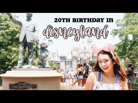 turning 20 in DISNEYLAND ✨