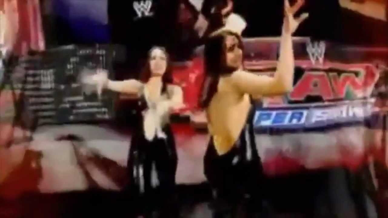 wwe the bella twins theme song quotyou can look but you can