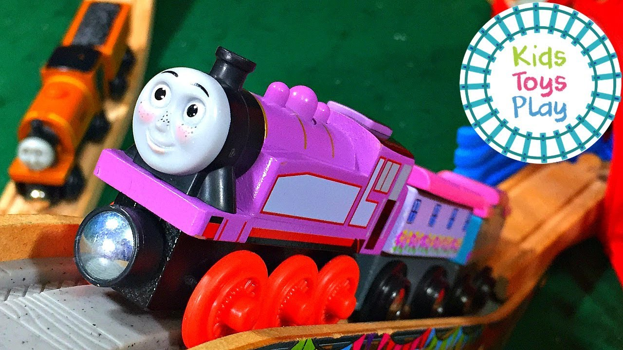 Thomas and Friends Wooden Railway Liam Track Build