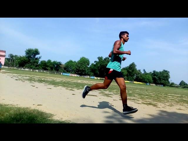 Army 1600 meter race 4.40