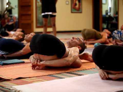 Yoga Nidrasana, Led Intermediate Class, Mysore, India - YouTube