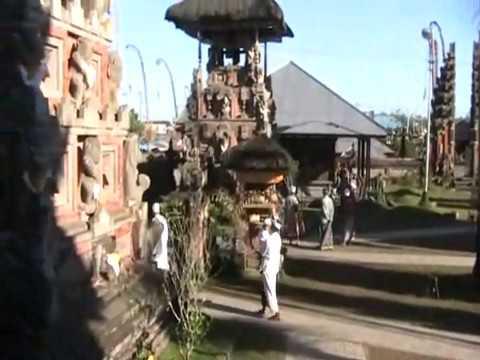 Ulun Danu Batur Kintamani - Places to Pray in Bali