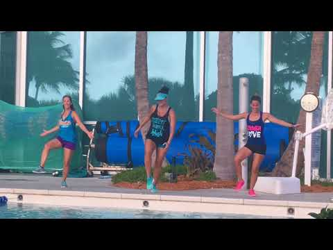 Aqua Zumba – Me Enamoré by Shakira