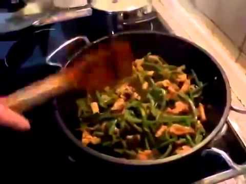 Стручковая зеленая фасоль с картофелем