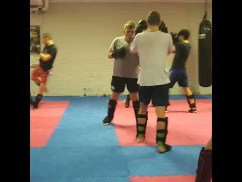 ดู muay thai Muay Thai im Hanuman Gym Mannheim