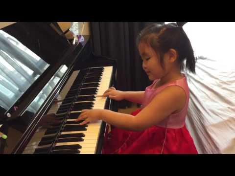 Gong Xi Gong Xi (恭喜恭喜) : Xinxia ( 5 years old ):Piano version