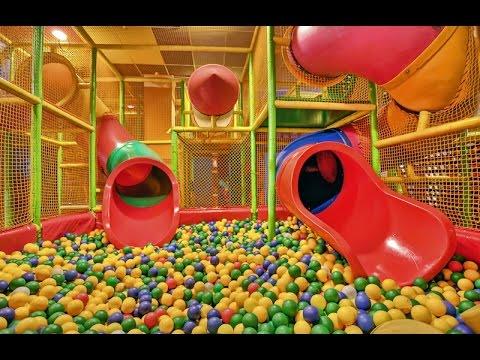Салют из шариков и огромная 3-этажная детская комната Salute Of The Balls And A Huge 3 Storey Child