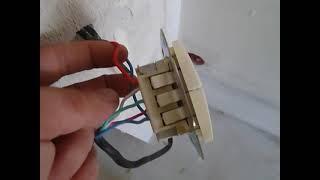 двухклавишный  выключатель Legrand   на  две  нагрузки(Установили двухклавишный выключатель Legrand на две нагрузки , в нашем случае он будет включать свет..., 2012-07-02T19:12:51.000Z)