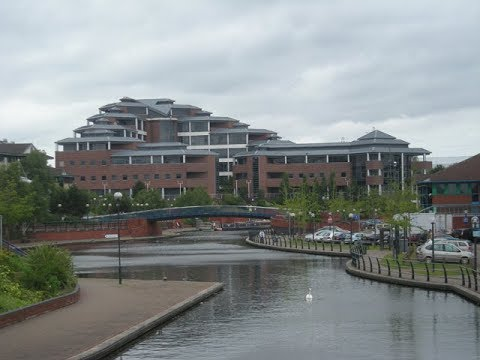 Places to see in ( Brierley Hill - UK )