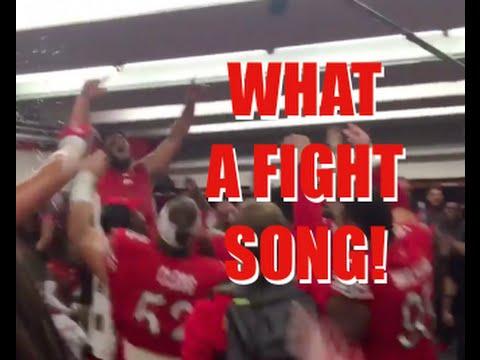 UTAH FOOTBALL PLAYERS CAN SING!
