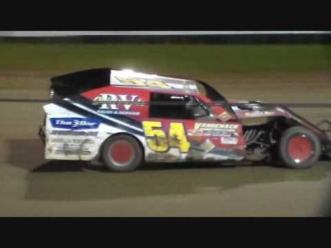 Modified Amain @ Marshalltown Speedway 09/17/16