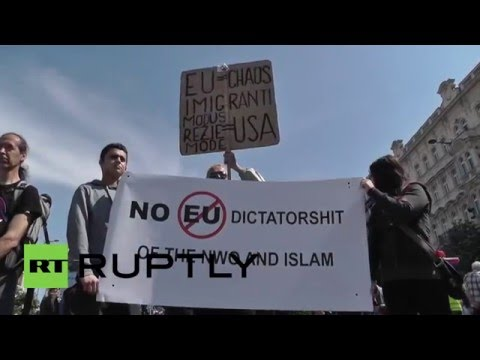Czech Republic: Front National advisor addresses anti-Islam rally in Prague