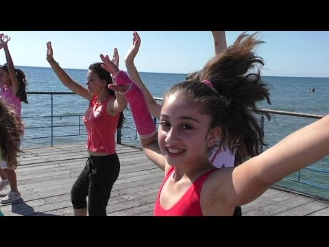 Travesuras - ZUMBA Kids - Dance with Stavros