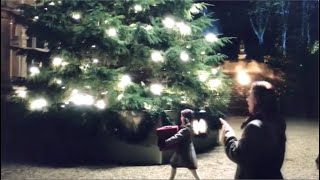 """Download In the Bleak Midwinter -- Touching Christmas Scene from TV show """"The Crown"""""""