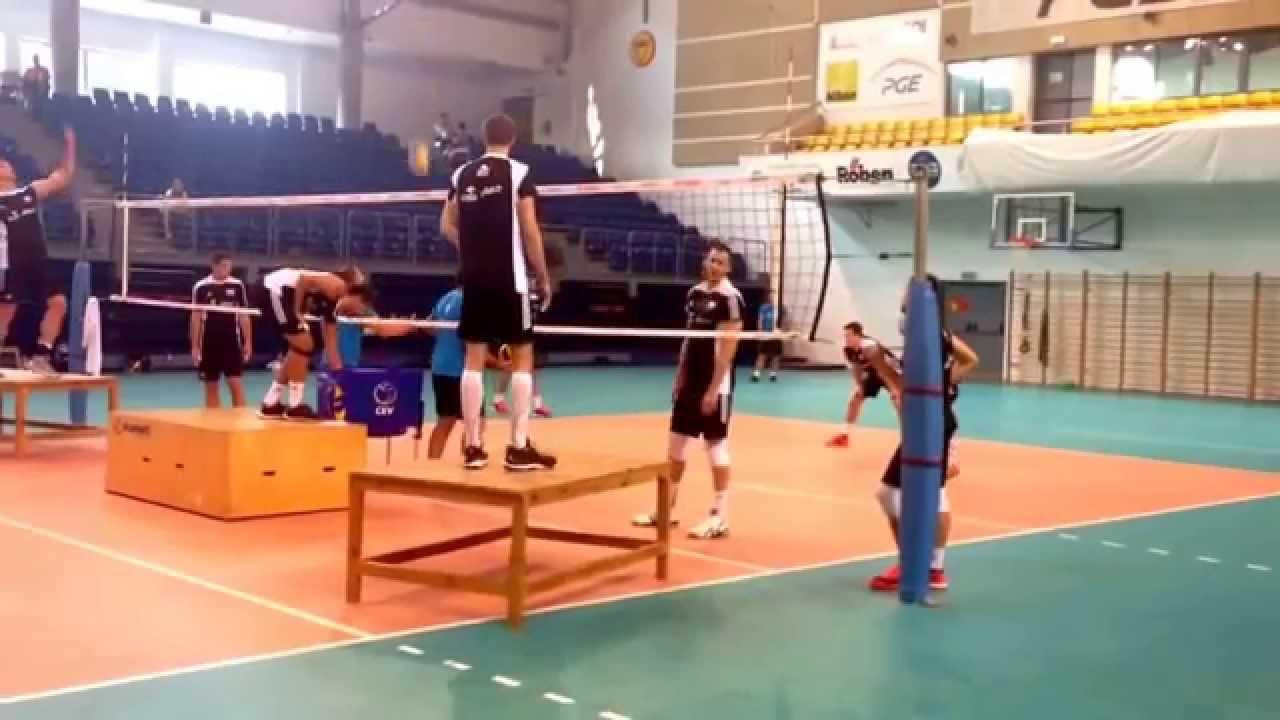 Как надо тренировать прием в волейболе?