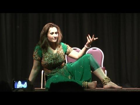Nargis super hit Mujra Dance HD