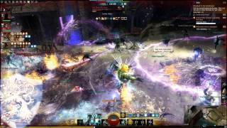 Video Guild Wars 2 - WvW Reset event 25.10.13 (INVI & TLA) a few best fights download MP3, 3GP, MP4, WEBM, AVI, FLV Juli 2018
