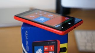 Nokia Lumia 820 Unboxing & Hands On (2013)