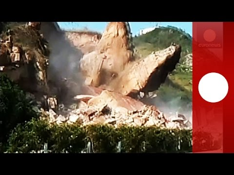 Caught on tape: Huge rocks collapse, fall on highway in China
