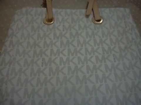 5caffd067073c Como identifico una bolsa Michael Kors clon - YouTube