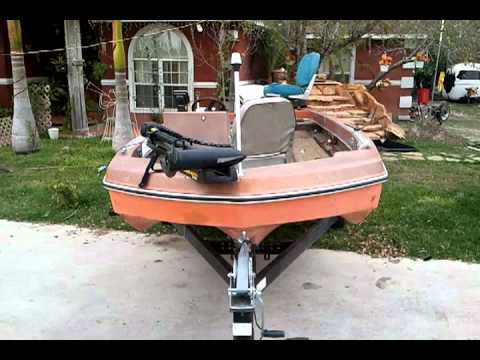 1975 monark fishing boat youtube for Monark fishing boats