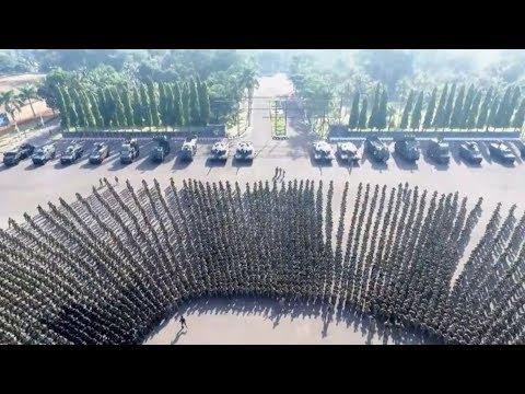 MERINDING! Ribuan Prajurit Cakra KOSTRAD Sambut Panglima TNI Gatot Nurmantyo