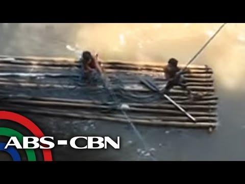 TV Patrol: Mga estudyante sa Bukidnon, tumatawid ng ilog para makapasok
