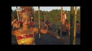 Jenseits von Bali - Segelreise durch Indonesiens Osten (Doku)