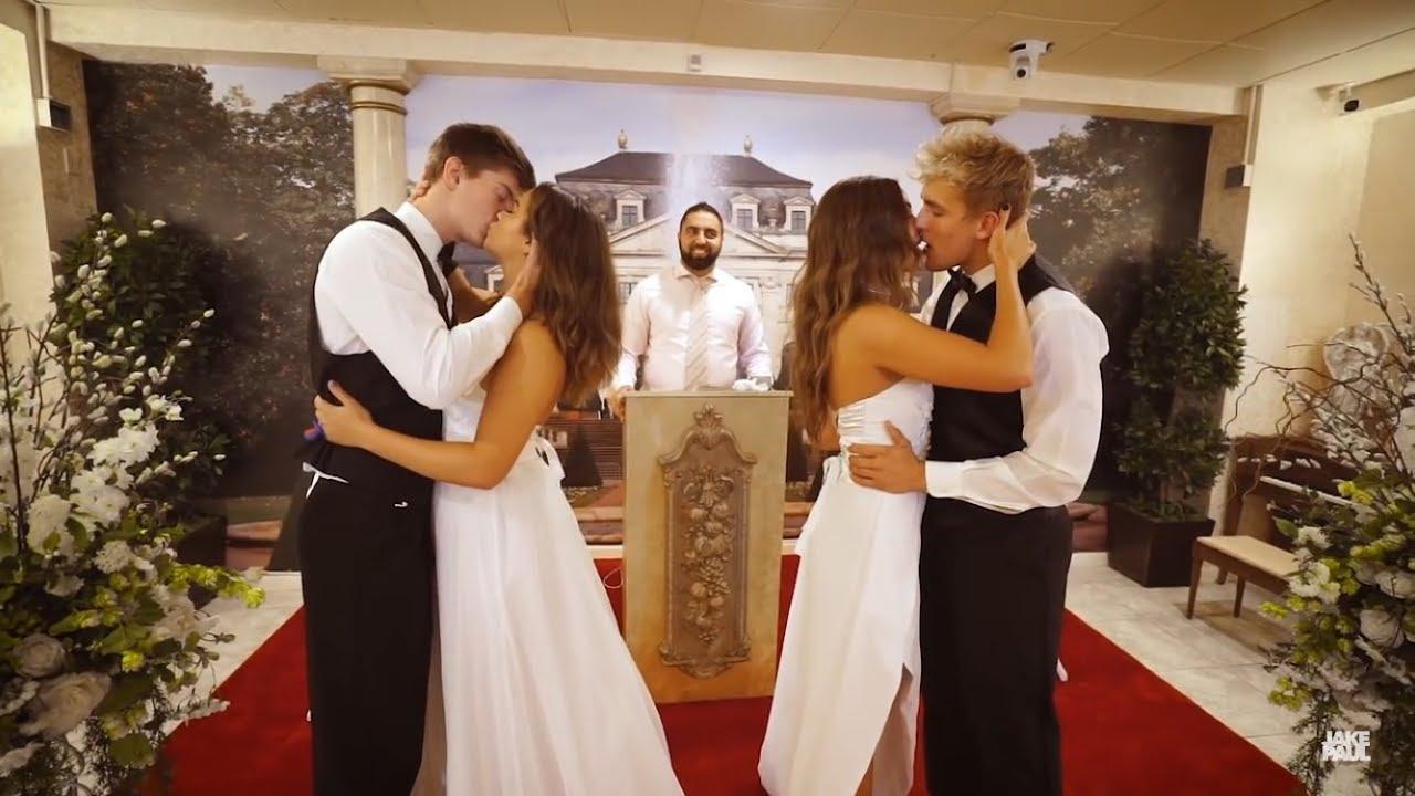Jake Amp Erika Chance Amp Tessa Wedding Kiss 💋 Youtube