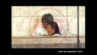 PG | Cantante tropical Ruth Karina se bautiza