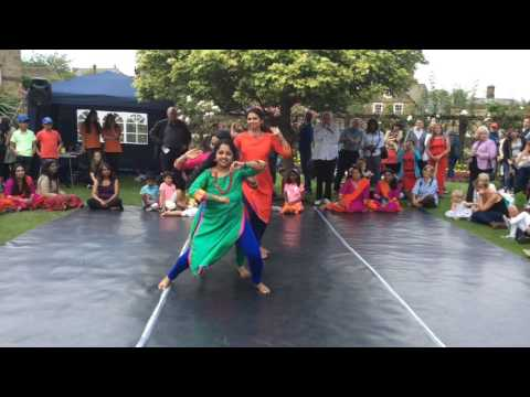 Indian beats @ Bakewell day of dance 2017 - Bath gardens