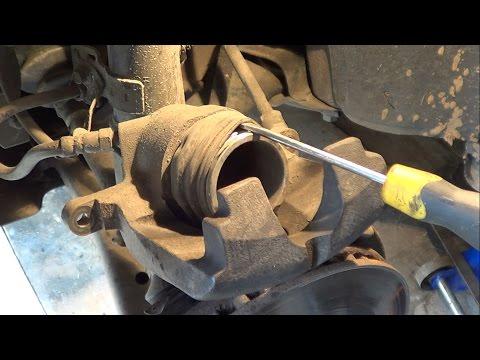 видео: Что делать чтобы суппорты не клинило (disc brake calipers)