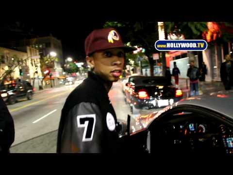 Homophobic Chris Brown Assaults Photographer's Camera, Risks Breaking Criminal Probation