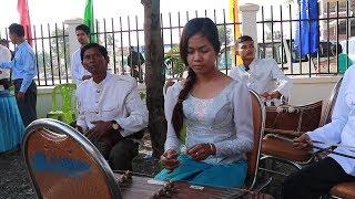 សិលាចិញ្ចឹមចិត្តបង្កើតក្រុមភ្លេងបុរាណខ្មែរជាស្រ្តី| Seila | Traditional Music