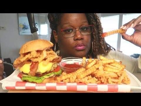 how-is-it-living-in-quarantine?-crispy-onion-bacon-cheeseburger-mukbang-recipe-cooking-sounds