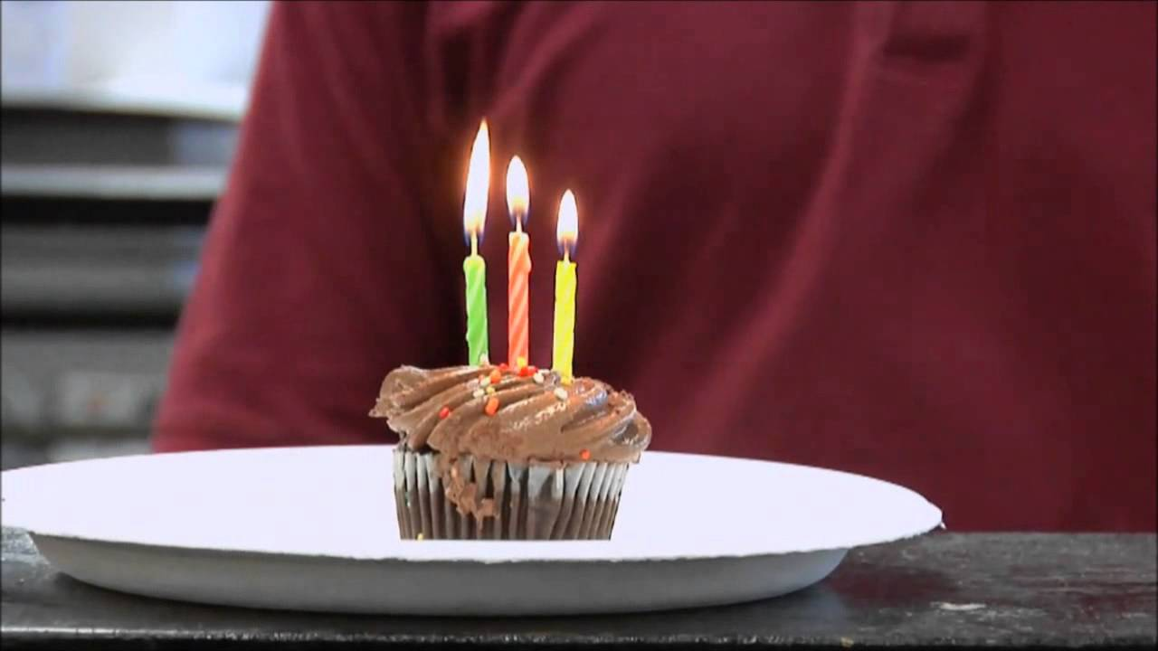 Magic Relighting Birthday Candle