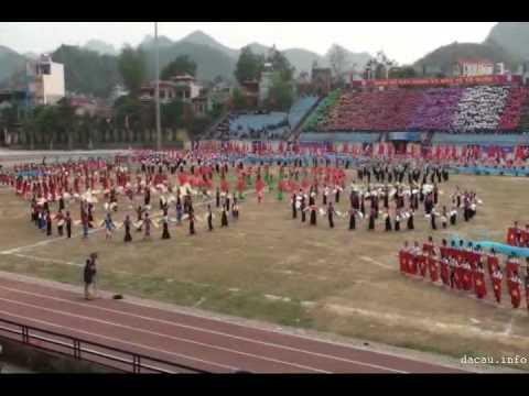 Dồng diễn khai mạc đại hội TDTT tỉnh Sơn La lần VI - 2010 (rec by dacau.info)