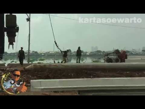 Pluit Lake Bridge Construction - Jakarta 2013 (Original)