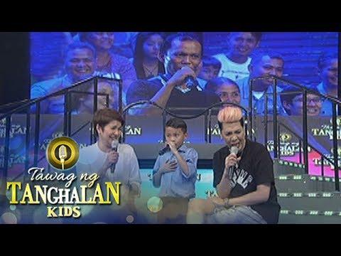 Tawag ng Tanghalan Kids: Vice does something funny while Joemar sings